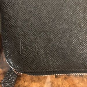 Auth Louis Vuitton Epi Portfolio/Laptop Case